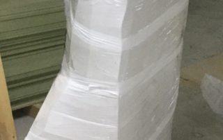 Готовая упаковка с грузом в стрейч пленке