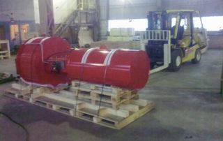Оборудование на складе, процесс упаковки